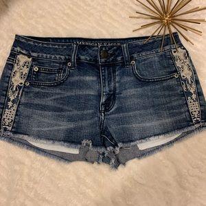 Like New American Eagle Jean Shorts Blue Size 8